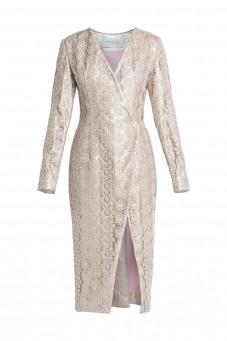 Sukienka z gipiury z rozcięciem na długi rękaw