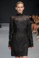 Sukienka czarna gipiura ze jedwabnymi rękawami Baroq&Roll