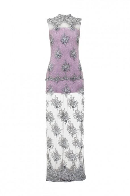 Koronkowa suknia z perłami lawendowa