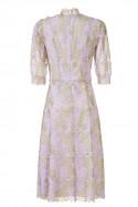 Sukienka różowo-złota z żabotem LaDorothée